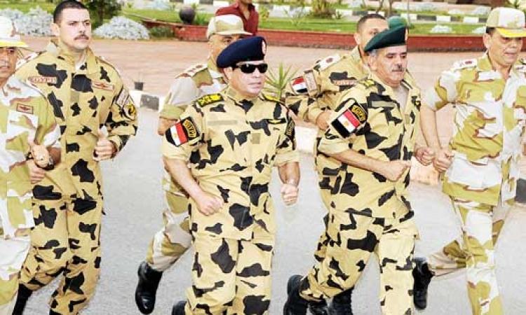 القوات المسلحة تشارك المصريين فرحة ذكرى ثورة يناير