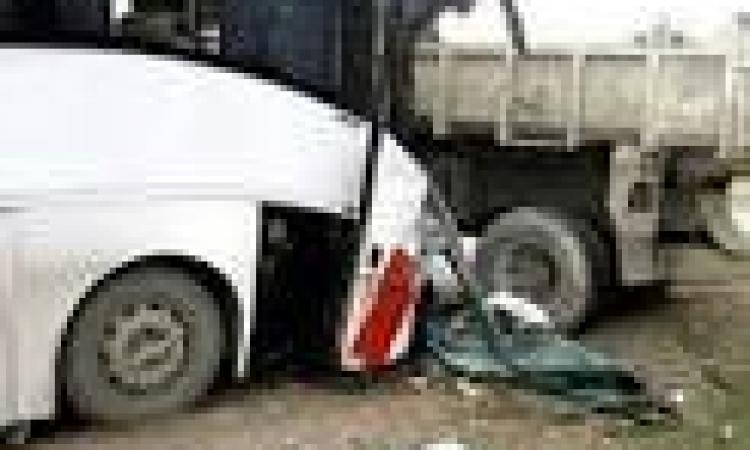 مصرع واصابة 18 شخص في تصادم ببني سويف
