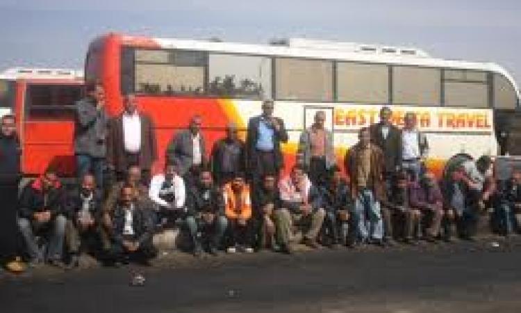 دخول العاملين بشركة شرق الدلتا للنقل ببورسعيد في إضراب عام