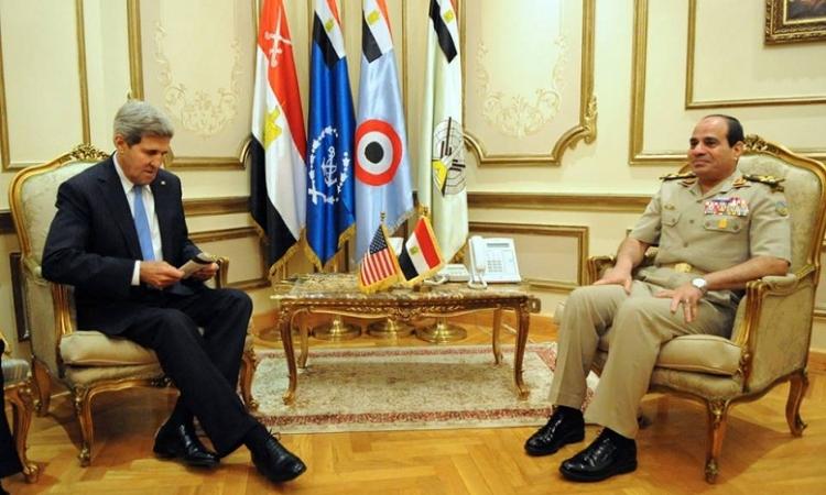 كيري يعرب عن امله في الاجتماع مع المشير السيسي خلال الايام القادمة لبحث الوضع في مصر