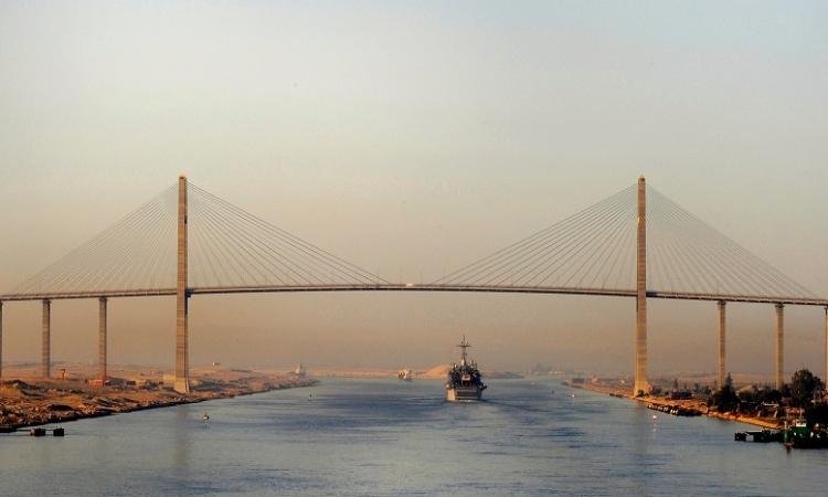 قناة السويس: 32 سفينة عبرت المجرى الملاحي اليوم