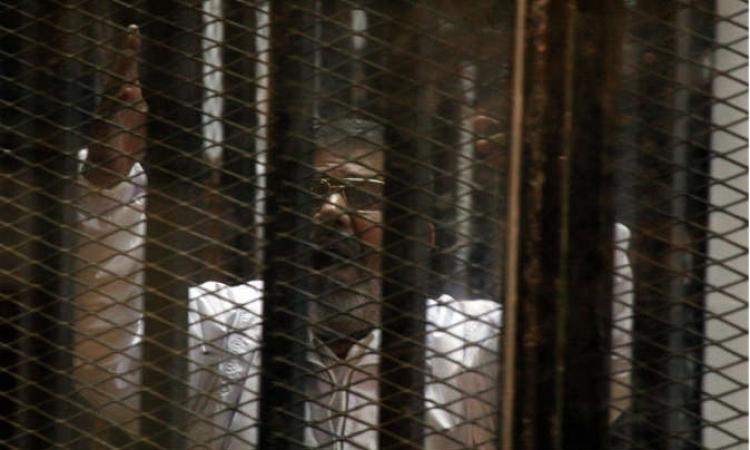 جنايات القاهرة تؤجل قضية التخابر المتهم فيها مرسى ل 23 فبراير