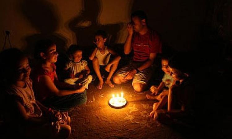 الكهرباء: عجز الانتاج أمس 2450 ميجاوات وزيادة الاستهلاك 14 ساعة و 30 دقيقة