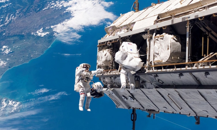 الأشعة الكونية تدمر الكسوة الخارجية للمحطة الفضائية الدولية