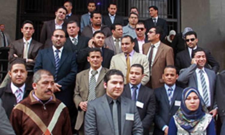 لليوم الثالث على التوالي.. استمرار إضراب موظفو الشهر العقاري
