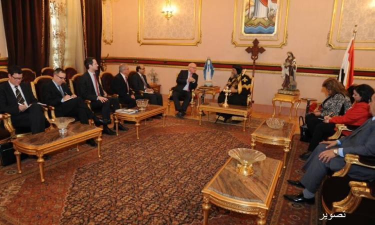 البابا تواضروس يستقبل وفد البرلمان الألماني بالكاتدرائية المرقسية بالعباسية