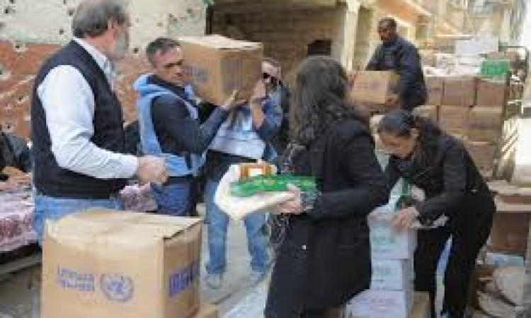 الأونروا : إدخال 400 طرد غذائي الأسبوع الماضي لمخيم اليرموك