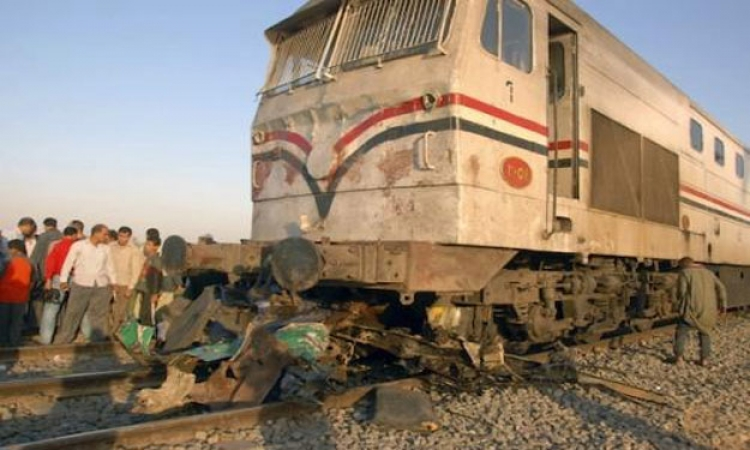 حادث تصادم  قطار بضائع  بسيارة نقل بطنطا