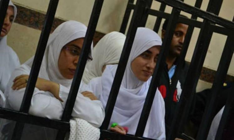 مسيرة احتجاجية لفتيات الإخوان بالشماريخ بالإسكندرية