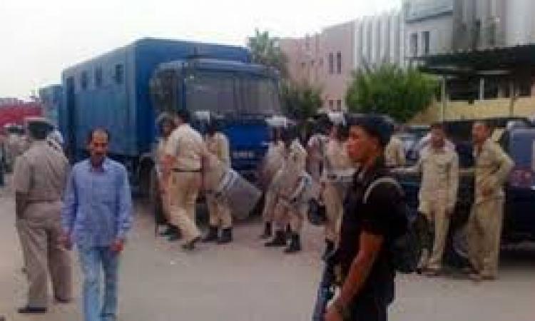 إحباط محاولة تهريب مساجين ومتهمين لقيادات الإخوان أثناء عرضهم على النيابة بالسويس