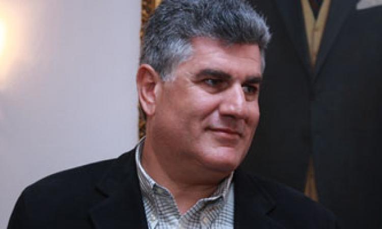 """عبدالحكيم عبدالناصر يصل إلى عمومية """"تمرد"""" ويعلن دعمه للمشير السيسي"""