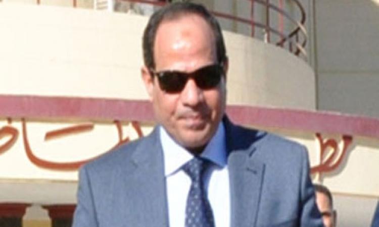 """وزير التنمية المحلية: إدراج السيسى بقائمة الناخبين فور استقالته من """"الدفاع"""""""