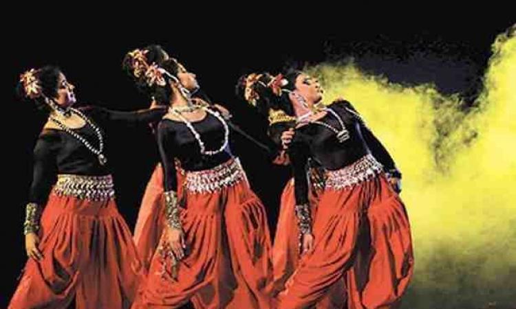 """فنانون وأدباء هنود في مهرجان """"الهند على ضفاف النيل"""""""