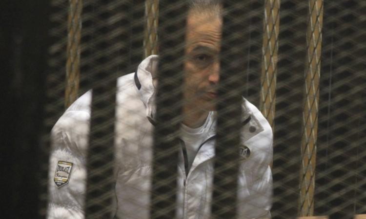 """بدء محاكمة المخلوع """"مبارك """" ونجليه فى محاكمة القرن"""