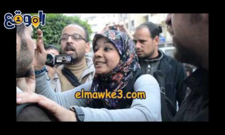 بالفيديو..أجرأ صحفية في مصر توبخ مدير حملة حمدين لاعتداء انصاره عليهم