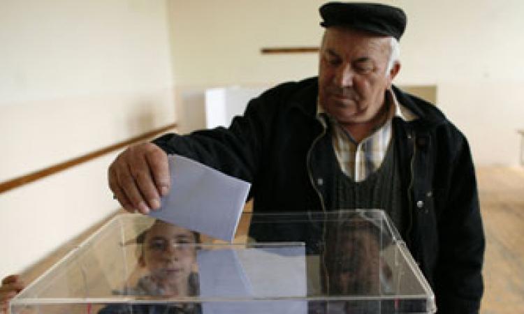 بدء انتخابات تشريعية مبكرة في صربيا