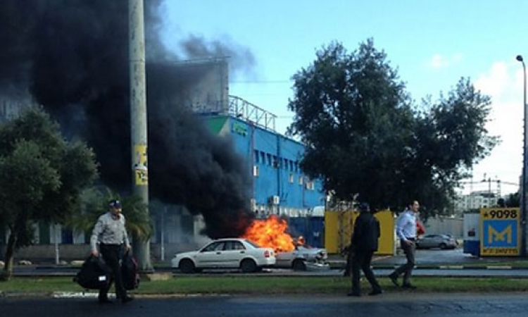 إصابة إسرائيليين في انفجار بمصنع في مدينة يبنا