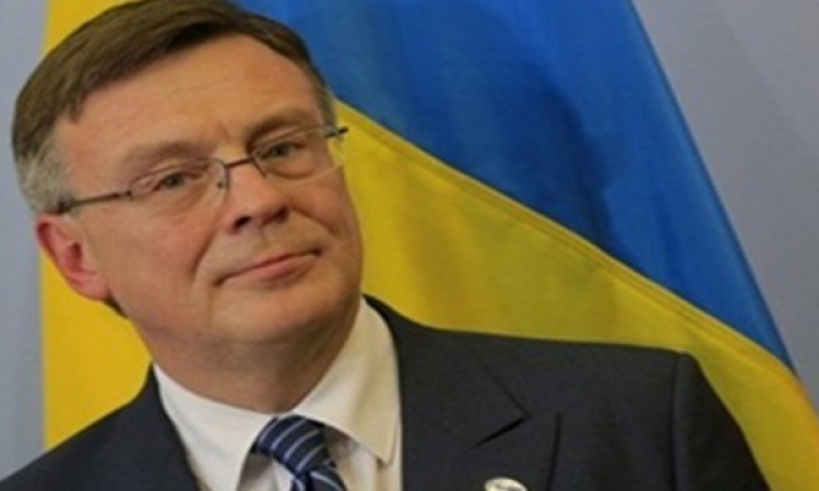 """""""كييف"""" تطالب العالم بعدم الاعتراف بالقرم أو باتفاقها المقبل مع روسيا"""