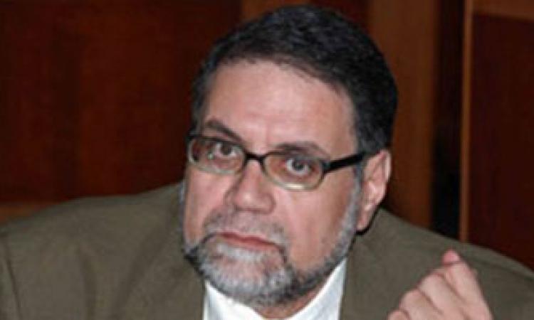 قيادي إخواني منشق يشيد بإدراج السعودية للإخوان جماعة إرهابية