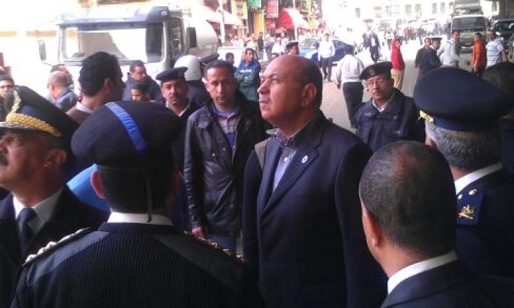 بالصور.. مديرأمن القاهرة يفاجئ قسم الأزبكية ويقود حملة بالنزهة و العقاد