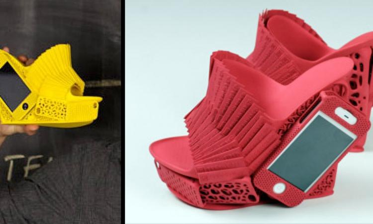 بالصور.. آخر صيحات الأحذية مزودة بمكان للهاتف