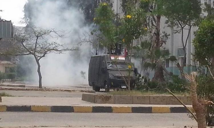 """الأمن يفرق مسيرة لطلاب """"الإخوان"""" بجامعة الأزهر"""