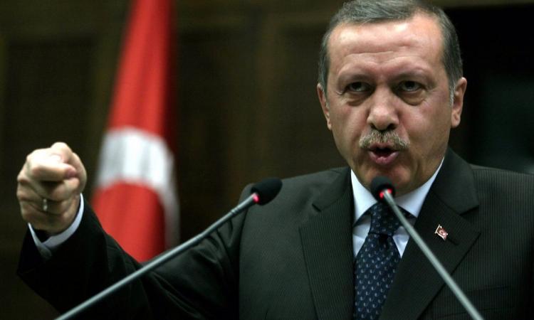أردوغان يطالب دولته بـ 50 ألف ليرة تعويضا عن انتهاك خصوصياته