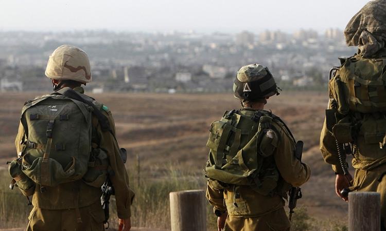 قوات الاحتلال الإسرائيلي تعتقل 4 صيادين فلسطينيين قبالة سواحل غزة