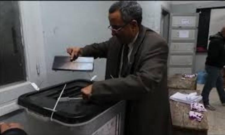 السيسي يحصل على 1029 صوتا مقابل 42 صوتا لصباحي بلجنة أبوصير بـ«الواسطى» في بني سويف