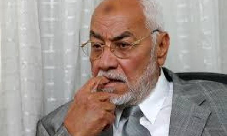 براءة المرشد العام السابق للإخوان من تهمة إهانة القضاء