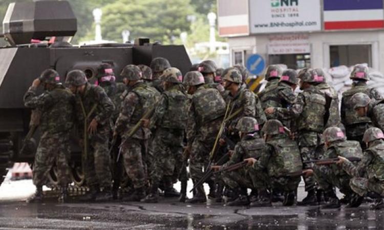بعد إعلانه الانقلاب.. جيش تايلاند يعلق العمل بالدستور ويفرض حظر التجوال