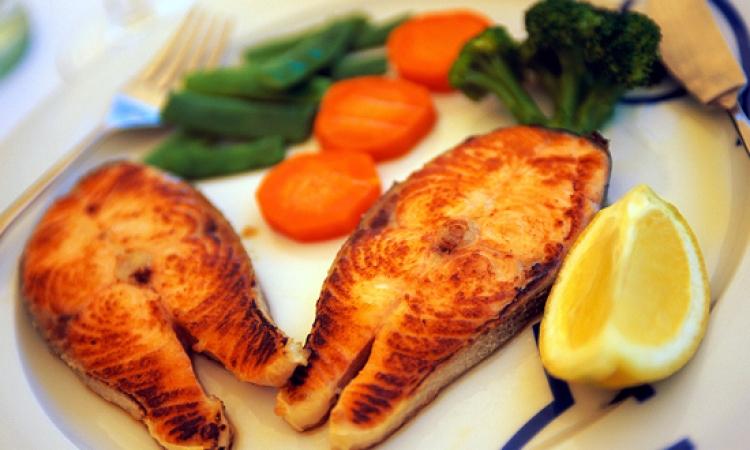 دراسة أسترالية: تناول النساء للسمك يقلل من خطر إصابتهن بالاكتئاب بنسبة 25%
