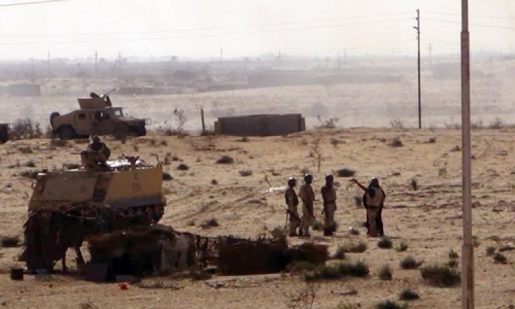 قوات الجيش تنجح في تفجير سيارة مفخخة بالشيخ زويد