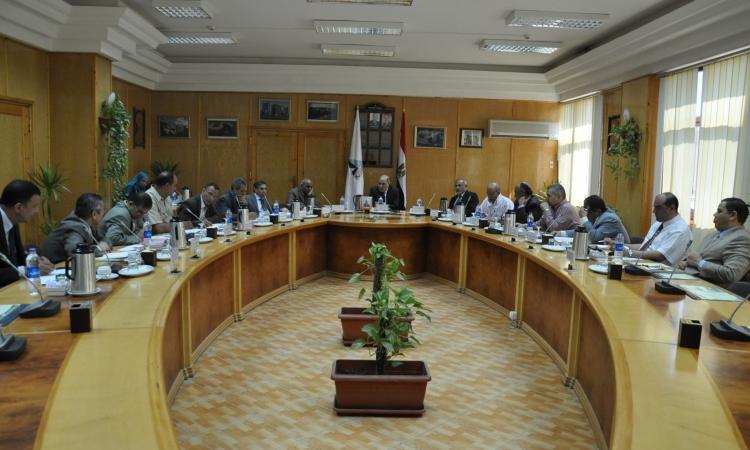 مجلس جامعة كفر الشيخ يقرر تجميد التعاون العلمي والثقافي مع الجامعات التركية