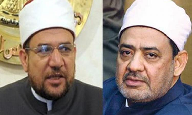 في سابقة الأولى من نوعها.. وزير الأوقاف يؤيد شيخ الأزهر في حربه على الإرهاب بأبيات شعر