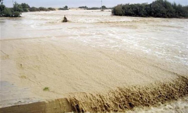 سيول البحر الأحمر تصل نهر النيل عبر مخرات ببني سويف