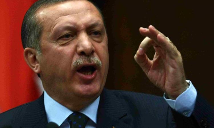 استقالة 11 عضواً من حزب أردوغان