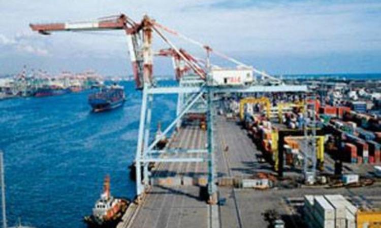 وصول شحنة بروبان تزن 5 آلاف طن من اليونان إلى ميناء الإسكندرية