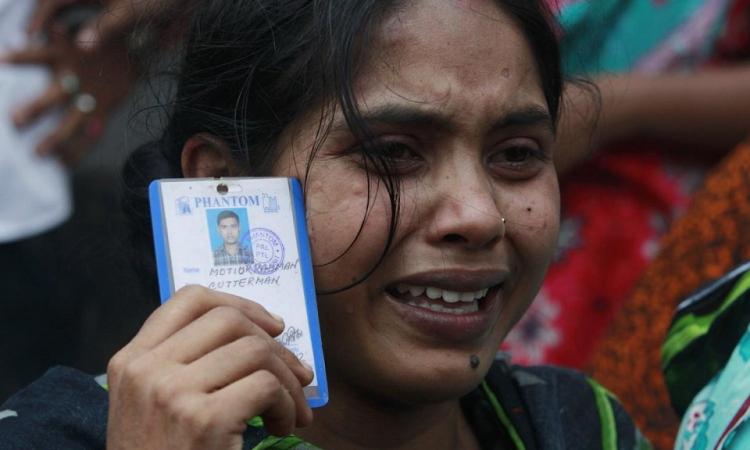 بنجلادش تستبعد العثور على ناجين في حادث العبارة
