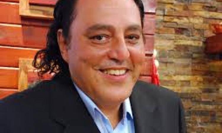 الموت يغيب الفنان حسين الإمام عن عمر ناهز 63 عاما