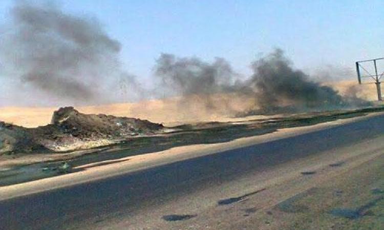 بالصور .. إغلاق طريق الزعفرانة – السخنة بسبب إنفجار سيارة محملة بالسولار