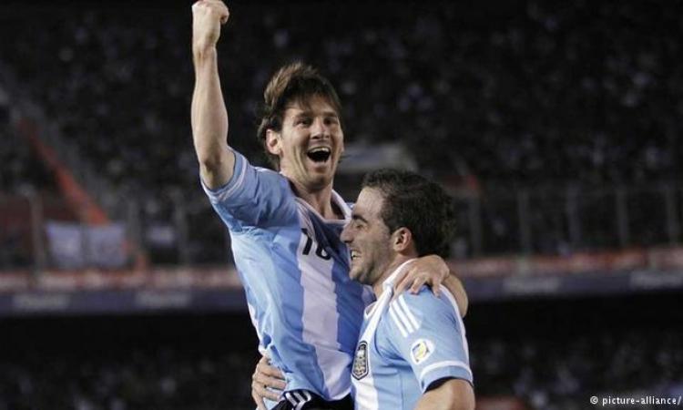 الأرجنتين تقرر إذاعة مباريات المونديال داخل المدارس