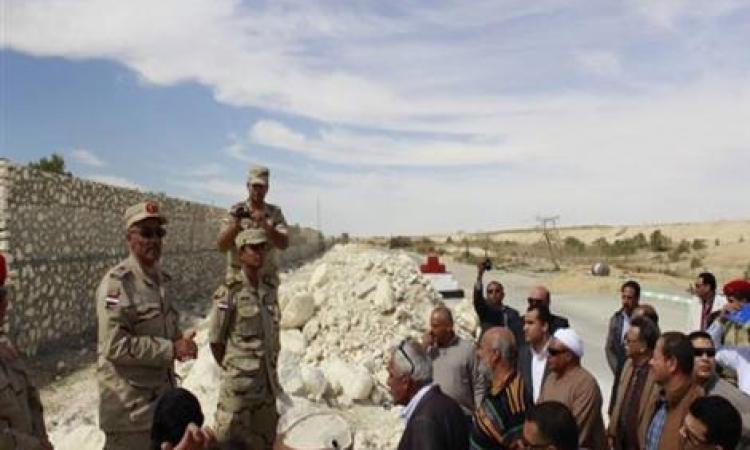 مصدر عسكري: الجيش ينتهي من إقامة 70% من سور «تأمين قناة السويس»