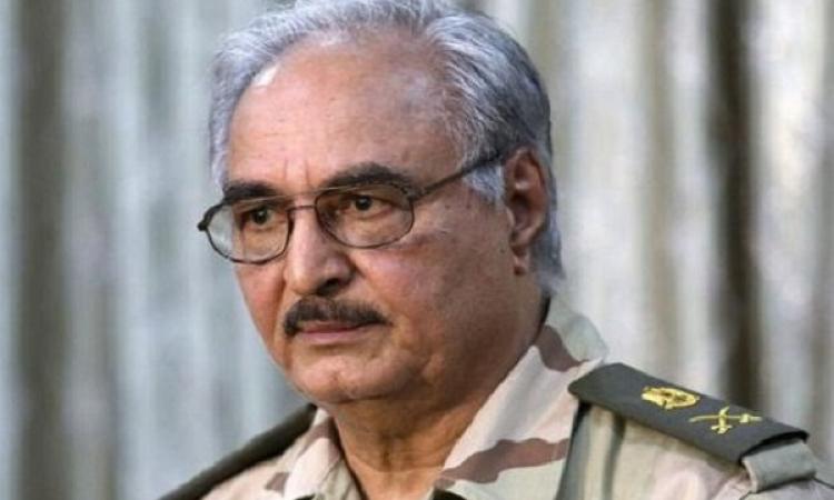 حفتر: مبادرة الجيش بوقف إطلاق النار ببنغازي تتعلق بيوم الانتخابات