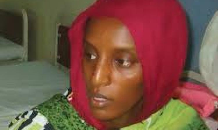 """السودان يفرج عن المسيحية """"مريم"""".. ويصر على بقائها داخل البلاد"""