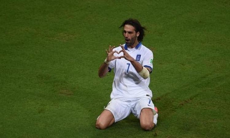 مدرب اليونان يطالب لاعبيه بتوخي الحذر في مباراتهم أمام كوستاريكا