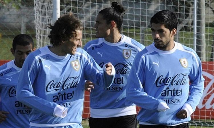 """أوروجواي بدون """" سواريز"""" تواجه كولومبيا بدون """"فالكاو"""" في دور الـ 16 للمونديال"""