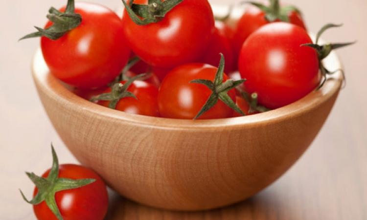 الطماطم وأطعمة أخرى للتخلص من الكرش نهائيًا