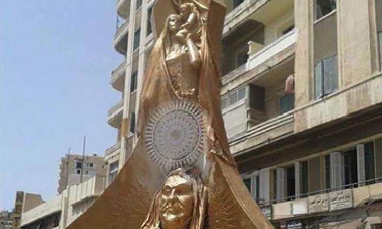 تمثال برونزى يثير جدل الإسكندرانية.. والمحافظ: لا أعرفه