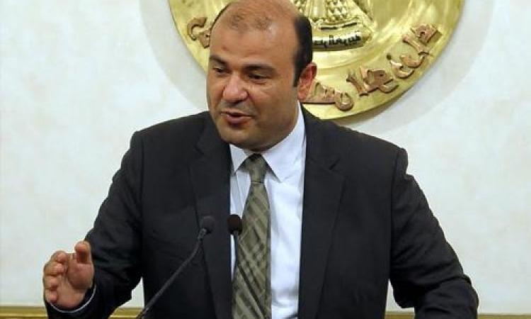 خالد حنفي : لا صحة لإلغاء بطاقات التموين .. واللحوم عليها والدواجن من يوليو